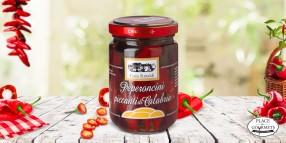 Piments rouges forts de Calabria à l'huile d'olive extra vierge